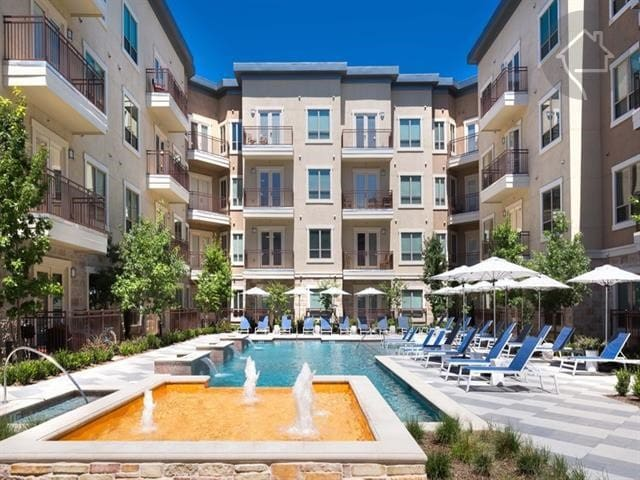 Spacious One Bedroom & Bath in Las Colinas, TX - Irving - Byt