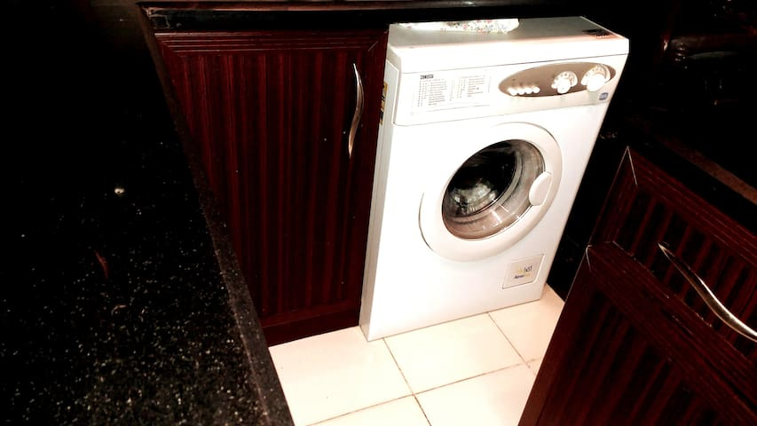 * Washing Machine with many different programs   *  Spanish black marble  more cleaner and more elegant