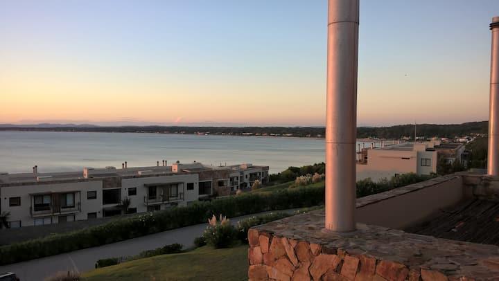 Hermoso Apto frente al mar  Quartier Punta Ballena