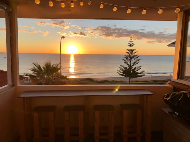 The Cottesloe Beach Pad - absolute beach front.
