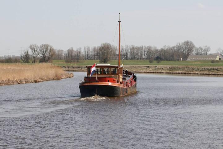 Slapen op het water - Boat & Breakfast