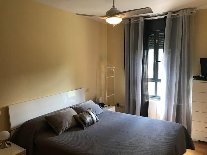 Habitación cómoda con 1 cama de 1,50m