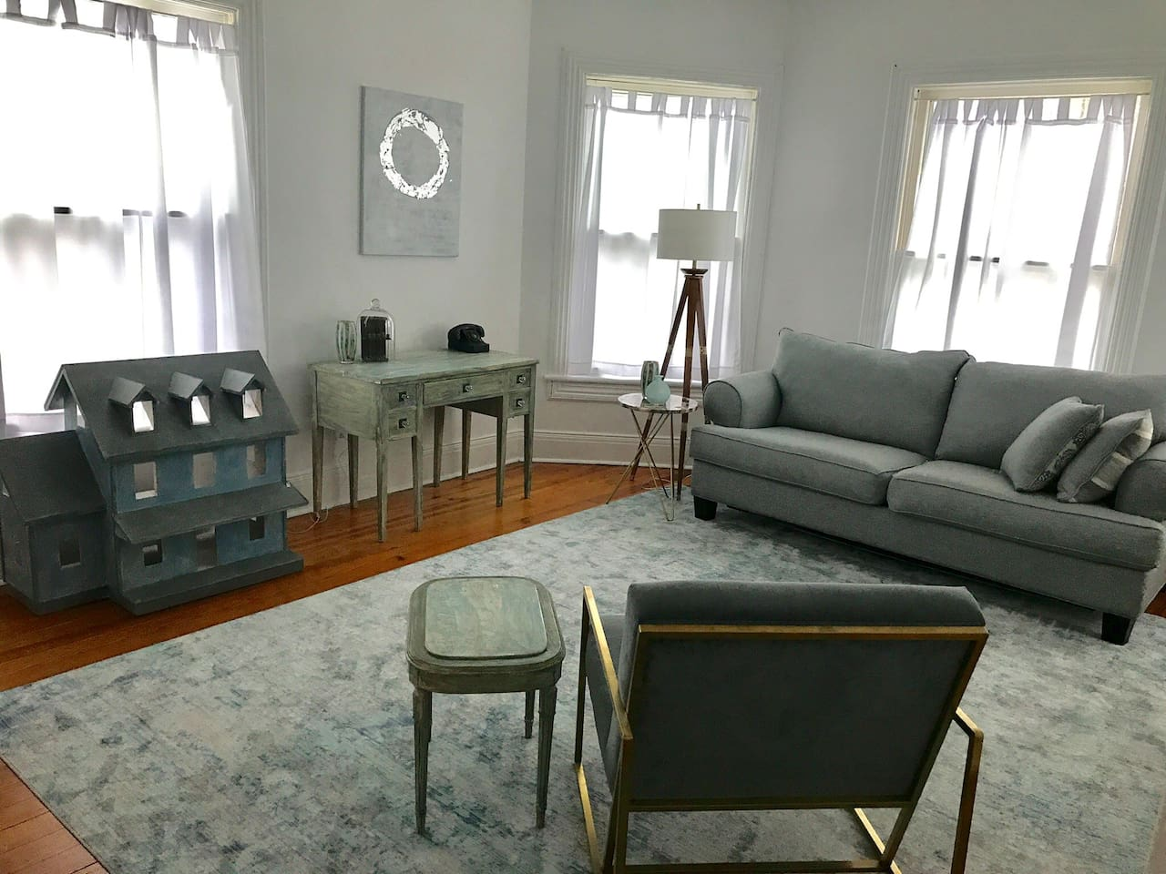Sunny living room with queen pull out sofa bed