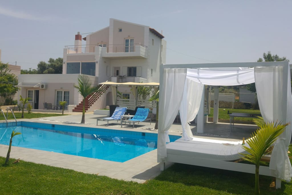 rhe villa with the pool