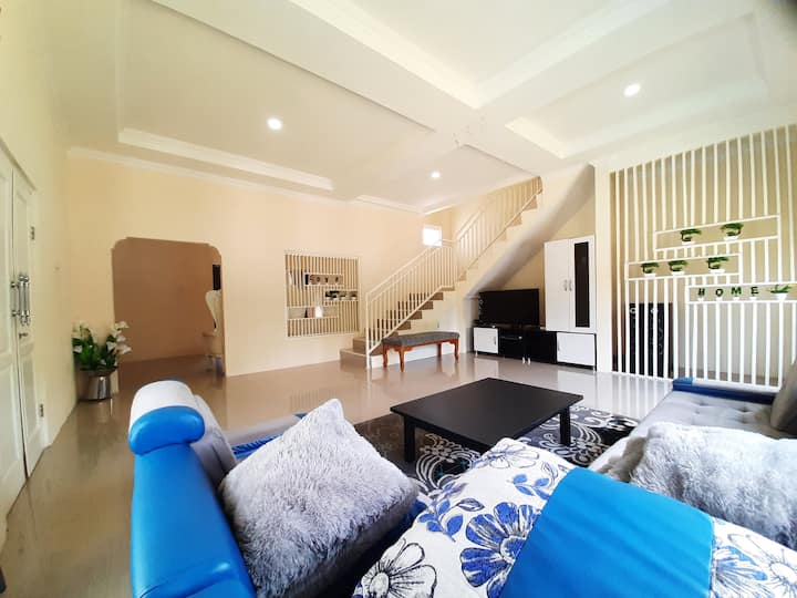 villa dafa 4 bedroom full AC