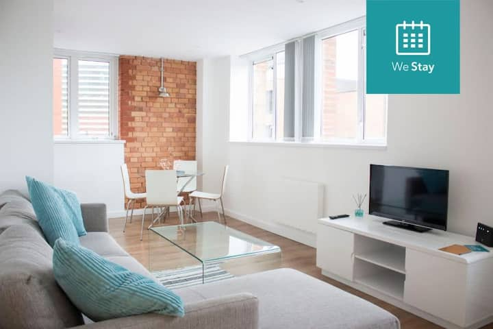 Beautifully Converted City Centre Apartment!