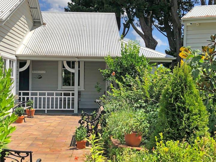 Orchard Cottage & Gardens