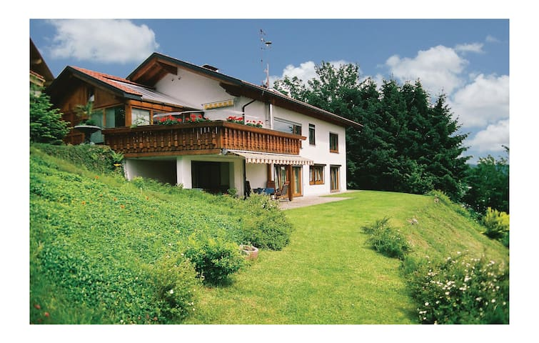 Holiday apartment with 2 bedrooms on 75 m² in Oberreute