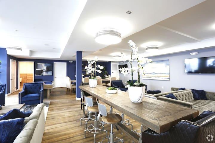 Spacious Luxury NoHo Designer Apartment Room