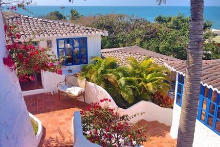 Casa KoKopelli - bungalow - Ballenita