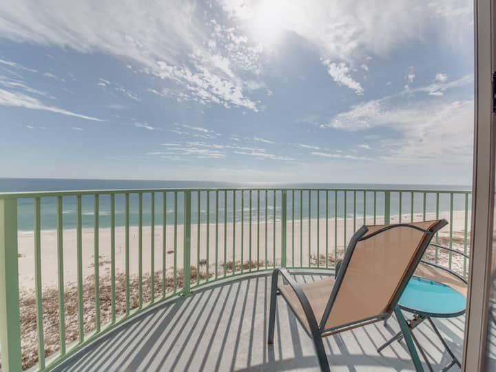 Two-story condo w/ spectacular views, private balcony, & beach access!