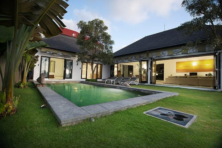 Shreya Villa,private swimming with rice field view