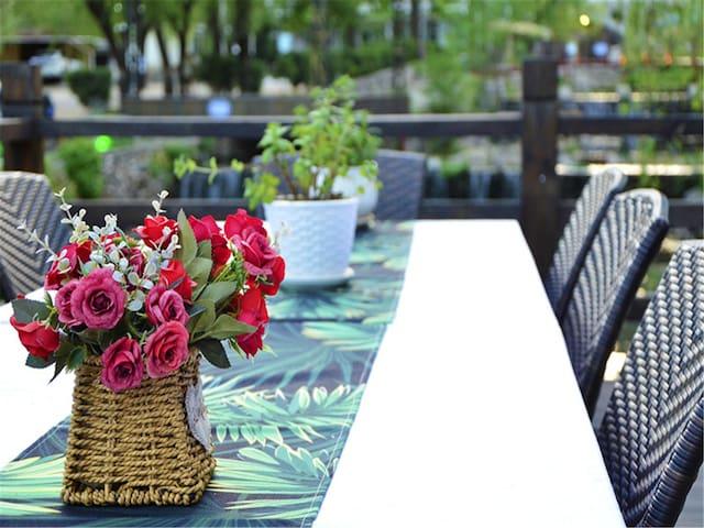 雁栖湖畔·溪畔度假山景阳台双床房