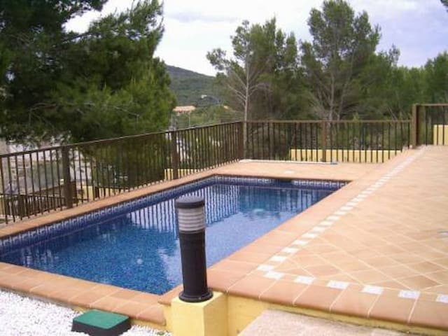 M2C3050 Chalet mit Pool Cala Mesquida;max. 8 Pers. - Capdepera - House