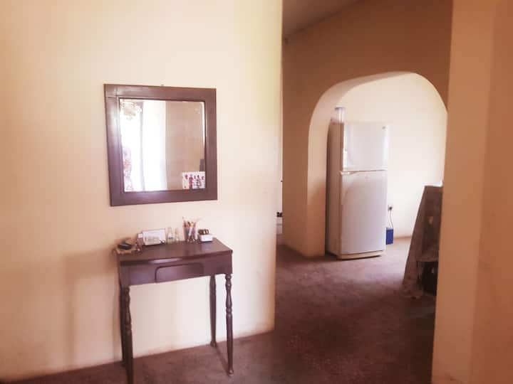 Iroko Place- Cosy 3-bed hse in serene environment
