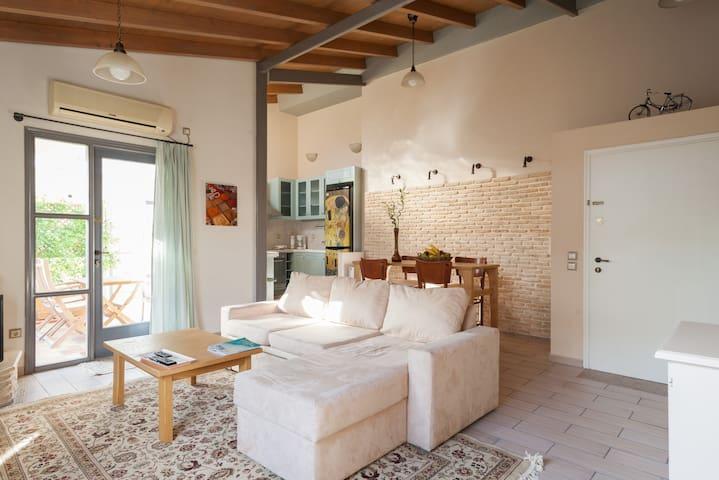 valashouse loft - Agia Paraskevi - Wohnung