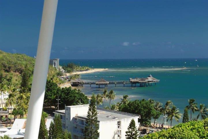 Emplacement et vue exceptionnels sur l'Anse Vata