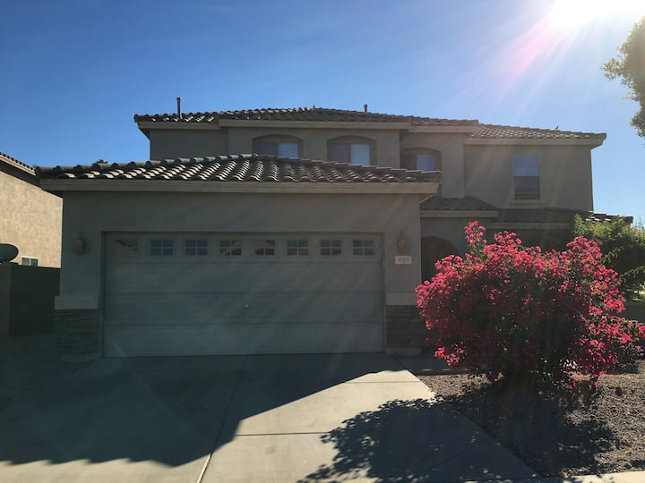 NEW! Clean & Private Bedroom at South Mountain