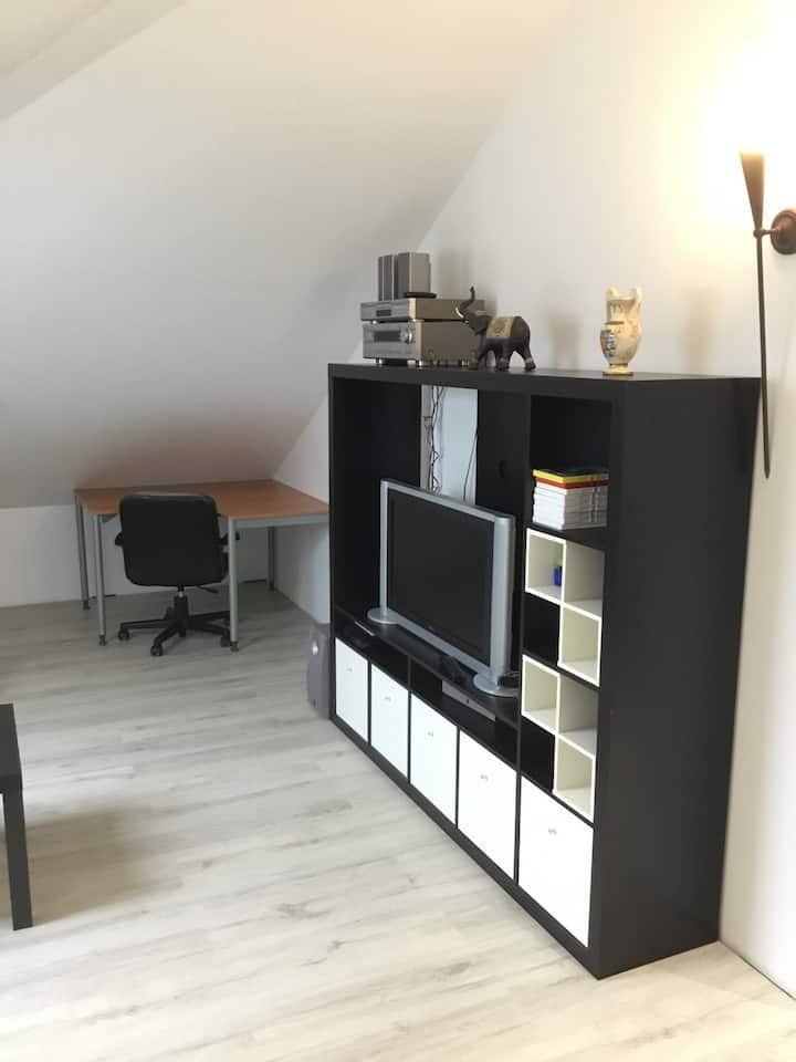 Appartement hell und modern mit Frühstück