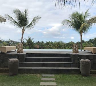 Batuan villa