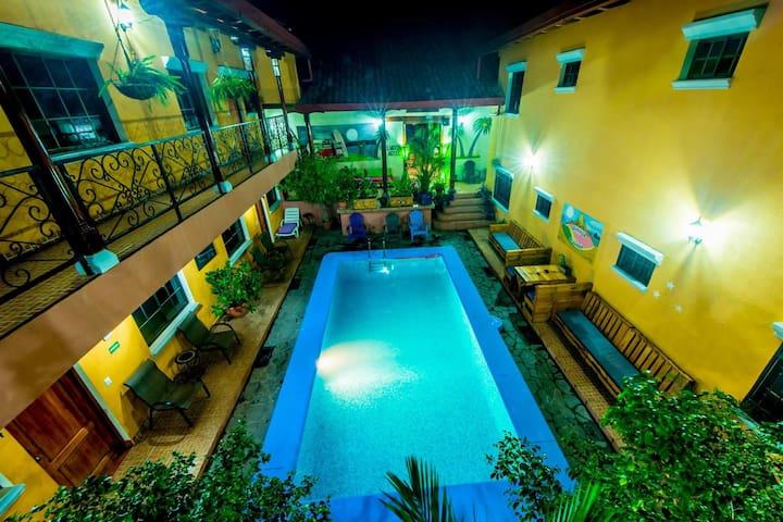 Fullmoon appartement - Granada - Wohnung