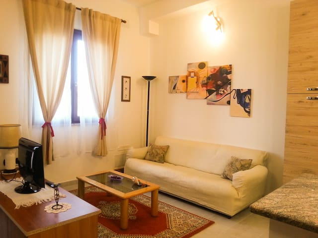 """La Mariposa Borracha"" Apartment - Assemini - Flat"