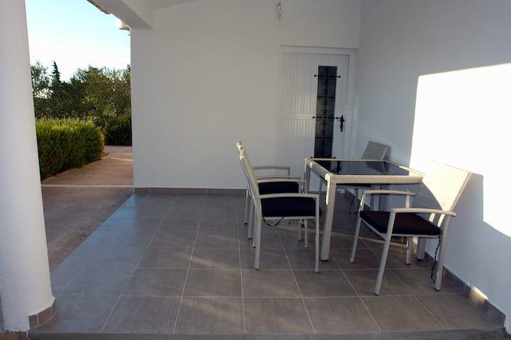 New apartment close to beach Čigrađa in Murter