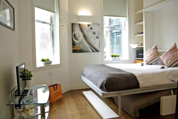 Urban Stay - Modern Open Plan London City Flat