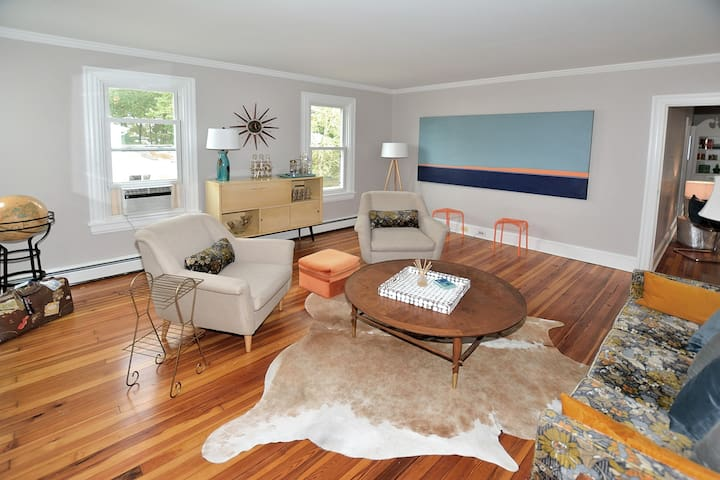 3 BR Patriot House in Chestertown/ Mid-Century