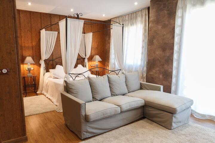 El Molí de Pontons Hotel Rural-SUITE MERLOT CON JACUZZI-SPA