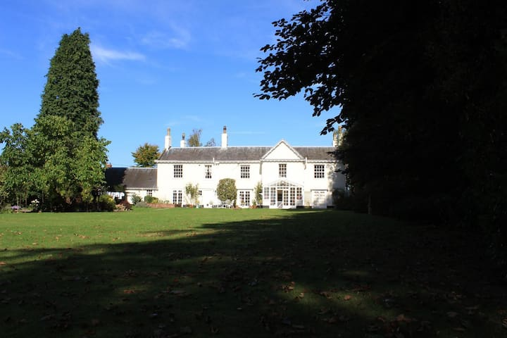Stunning self contained apartment in Brundall. - Brundall - Lägenhet