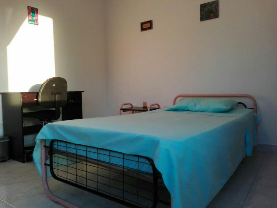 Habitación habilitada para una persona   Single bedroom