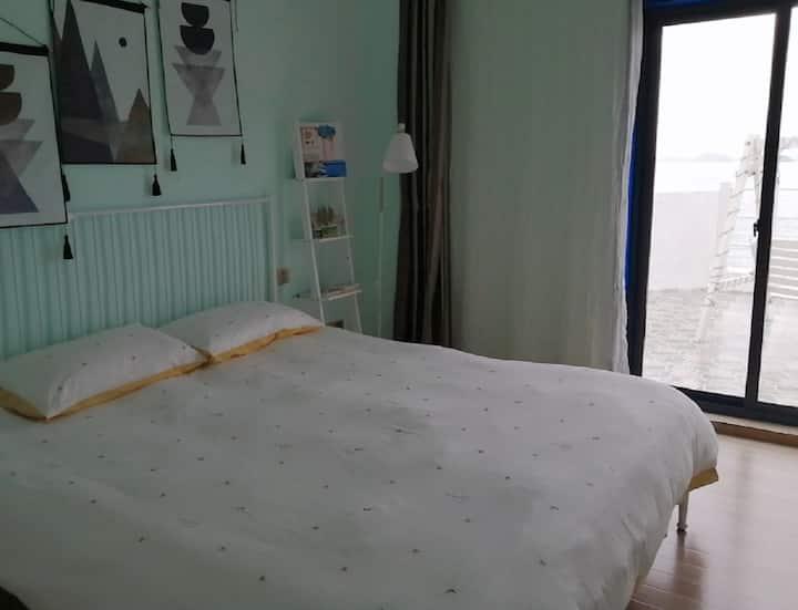 花鸟岛未来使者海角3号大床房