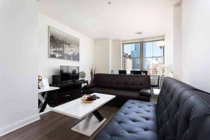 1 Bedroom furnished apartment in downtown