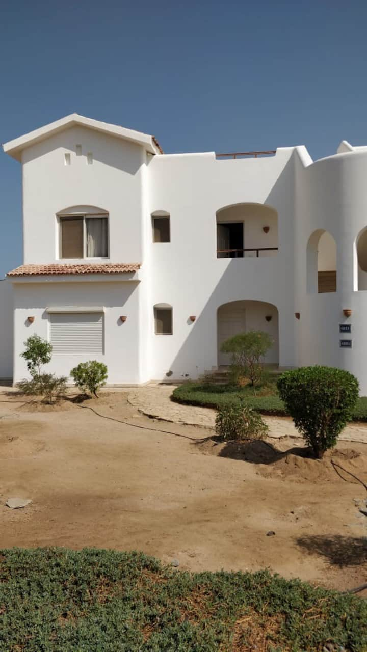 2Bedroom white Villa in Gouna - Lagoun view