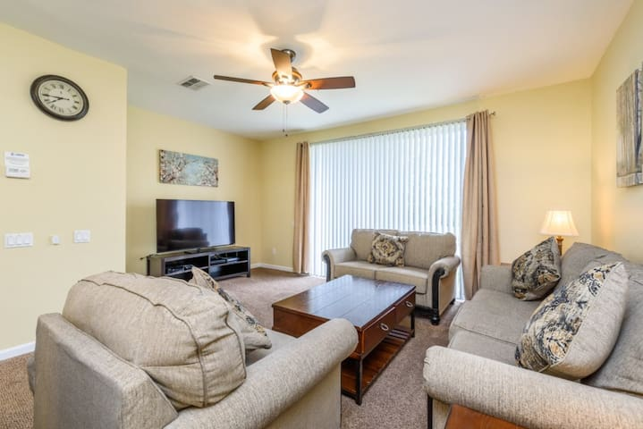 Near Disney World - Vista Cay Resort - Welcome To Relaxing 3 Beds 3.5 Baths Townhome - 7 Miles To Disney