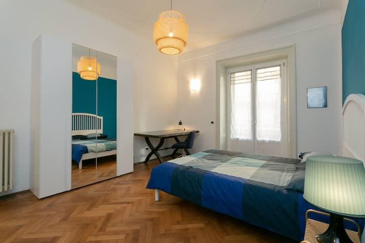 MILANO CENTRALE - BLUE HUGE ROOM