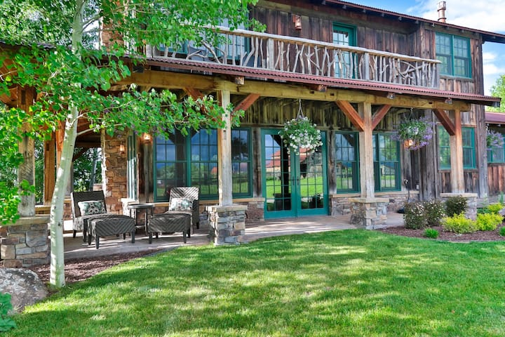 THE LODGE AT HERITAGE RANCH