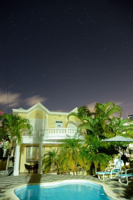 Villa Yumesah, sous un ciel étoilé
