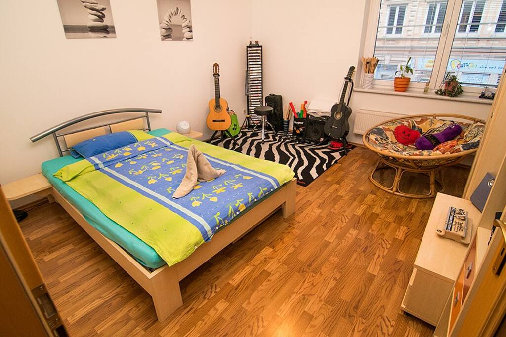 Music room and sleeping for two people