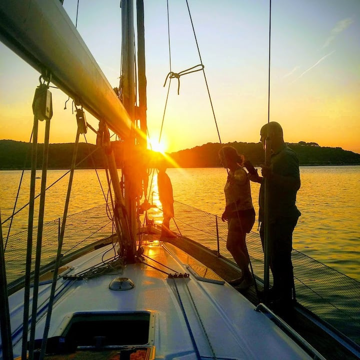 Sailing adventure Split- Dalmatian coast