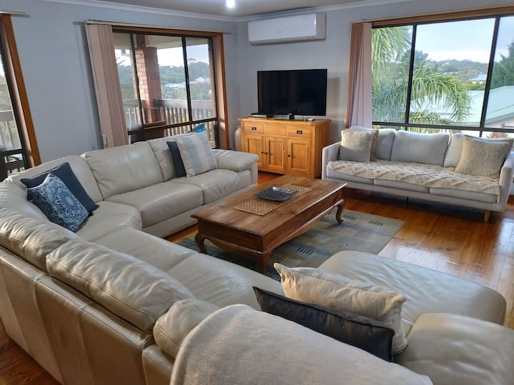 Adriatica Rye Large Furnished 3BR House with Views