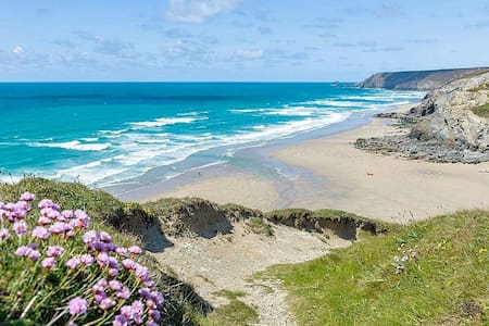 Coastal House Porthtowan beach Cornwall - Porthtowan - House