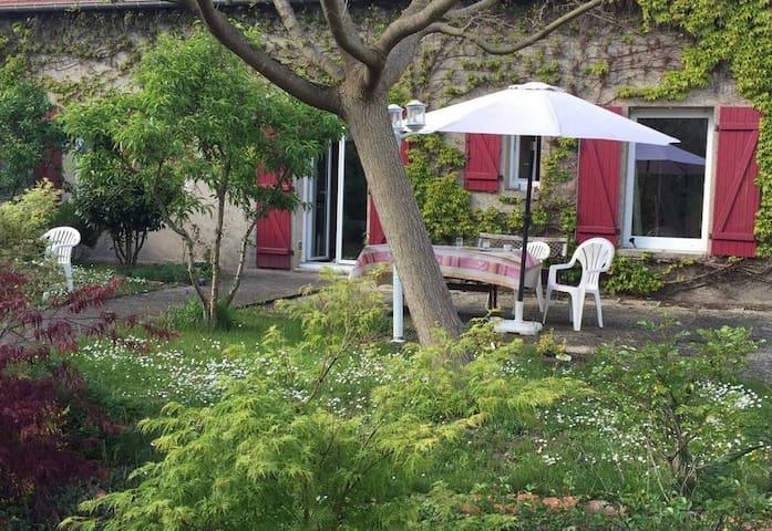 Belle maison avec jardin 6/8 pers