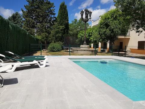 Casa a prop de la Costa Brava amb piscina privada