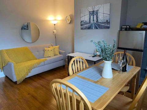 In der Nähe von Manhattan Aufenthalt, Gemütliche private 2BR Wohnung.