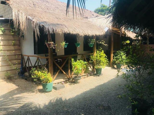 Ubay Guest House & Restaurant