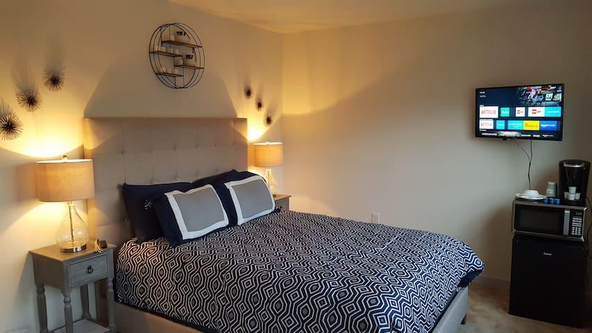 Private Cozy Room in Quiet Neighboorhood