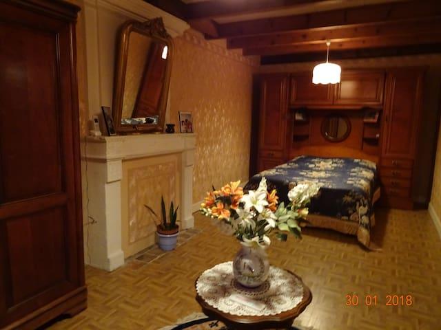 chambre calme dans maison charentaise