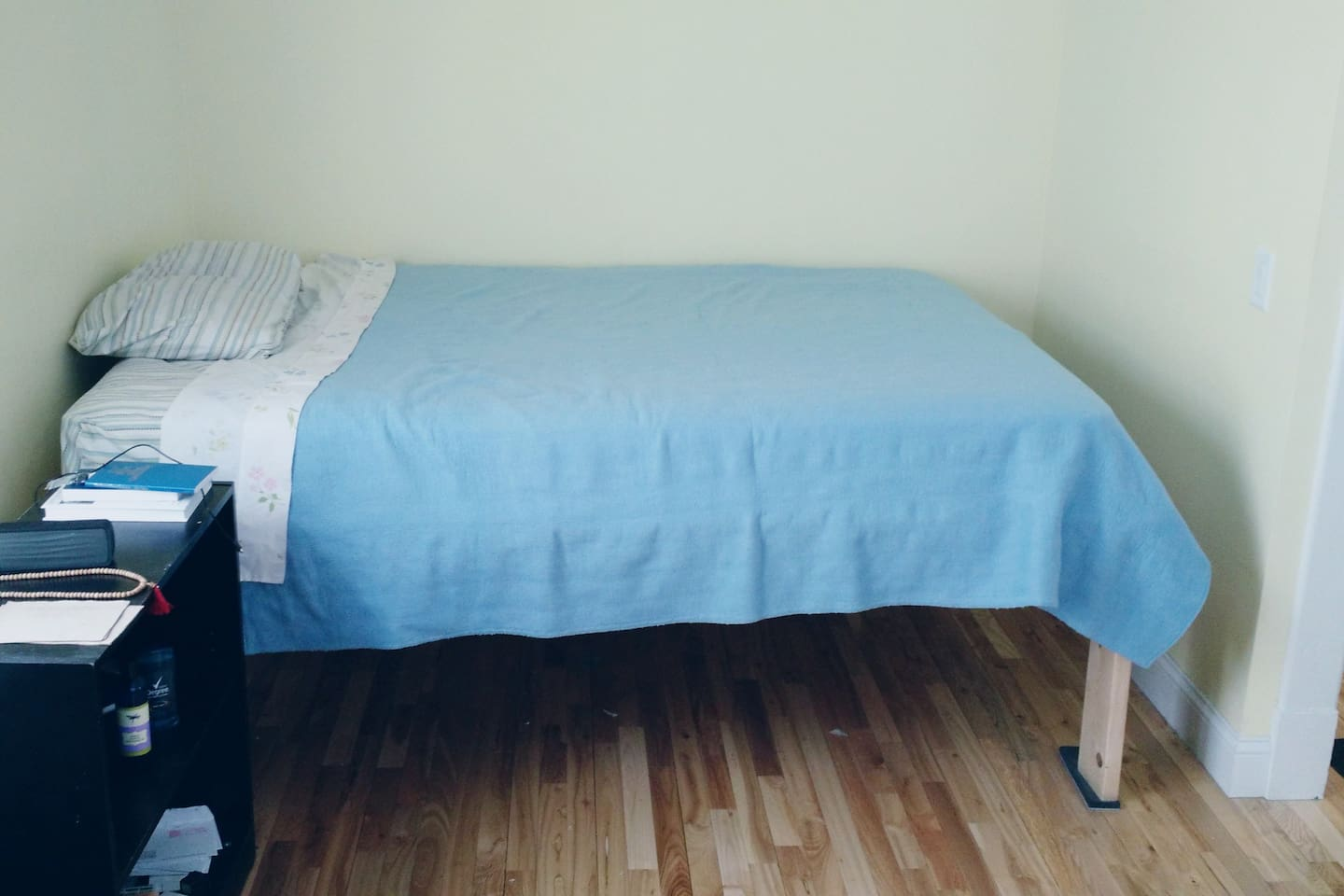 Double bed.Spacious room, brand new floor.